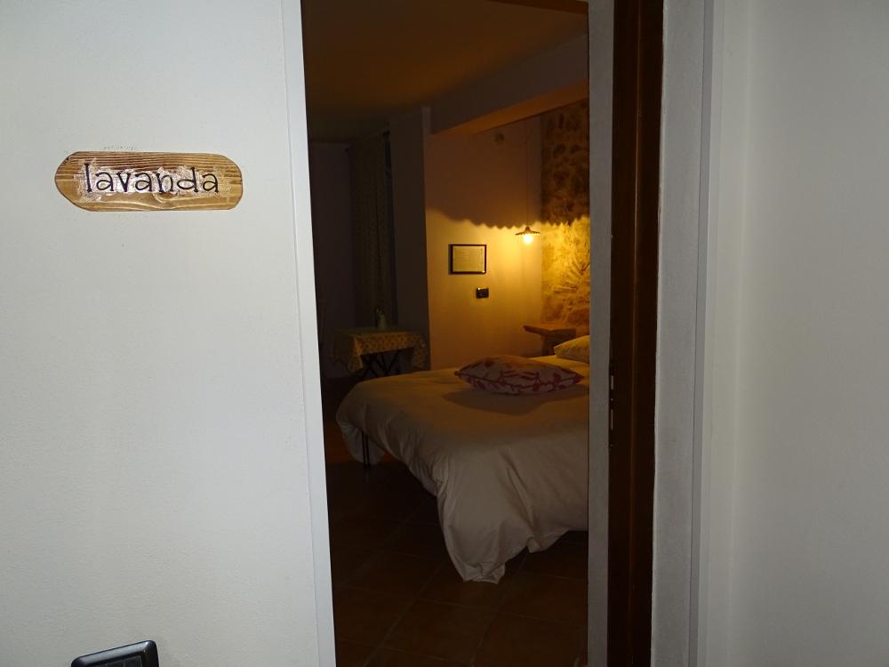 Camera lavanda ingresso la vecchia stalla